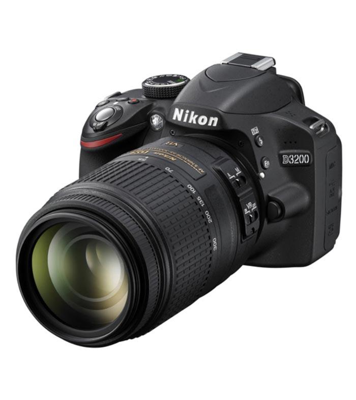 Nikon D3200 With Kit AF-S 18-105mm VR