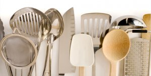 Shop from Shopclues Dhamaka Sale and Save Big on Your Kitchen Essentials
